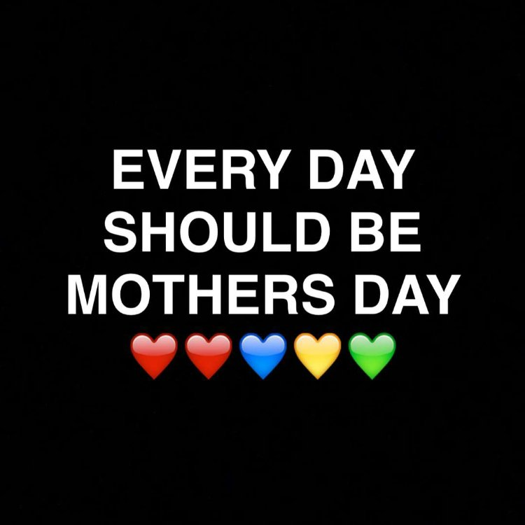 Happy #MothersDay ❤️❤️ https://t.co/EBGwGCC7ki