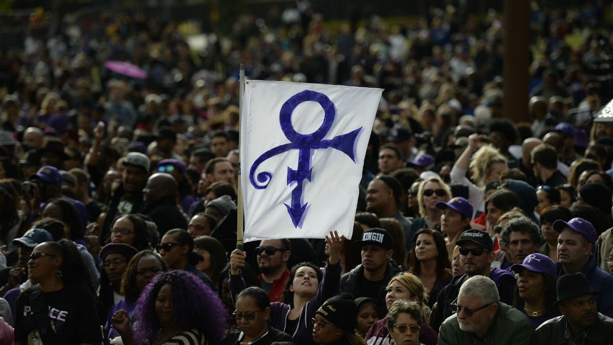Prince honored by Stevie Wonder, Faith Evans and more at Los Angeles memorial concert