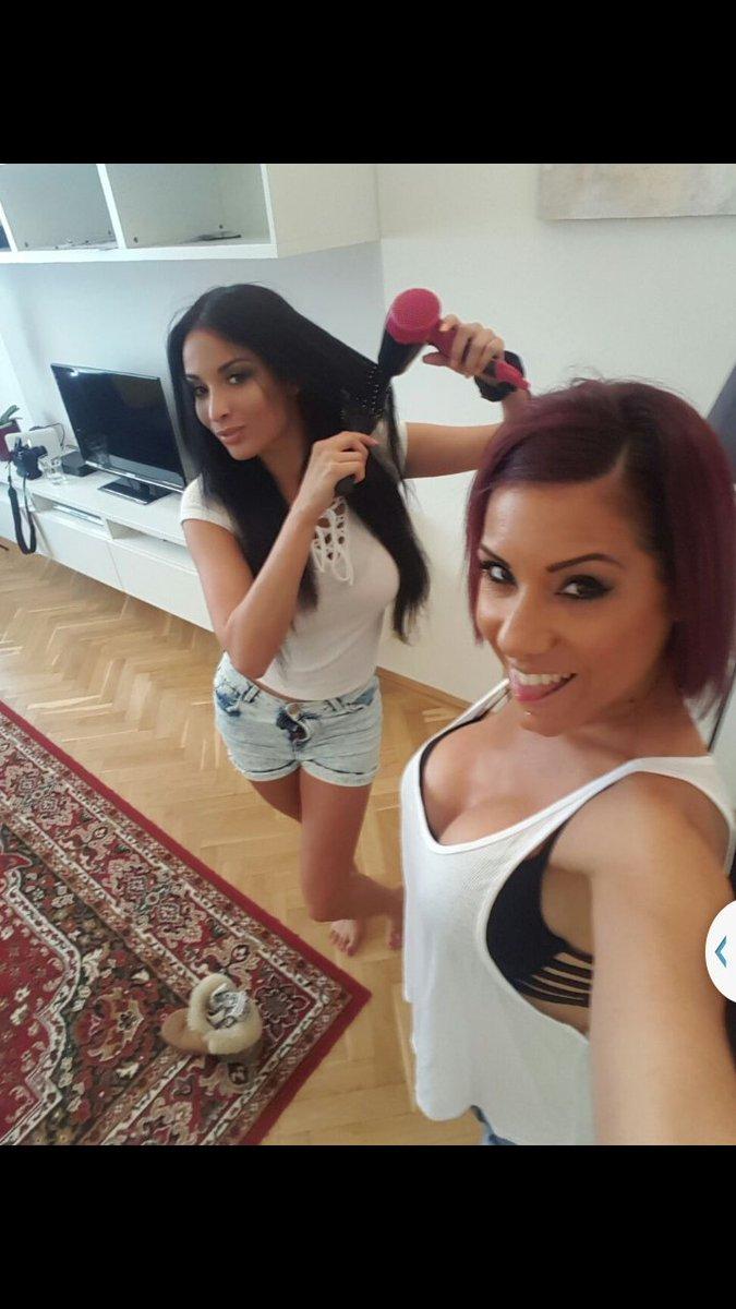 Reality lesbian Tiffany Tyler dose an amazing massage to Anissa Kate  1065106