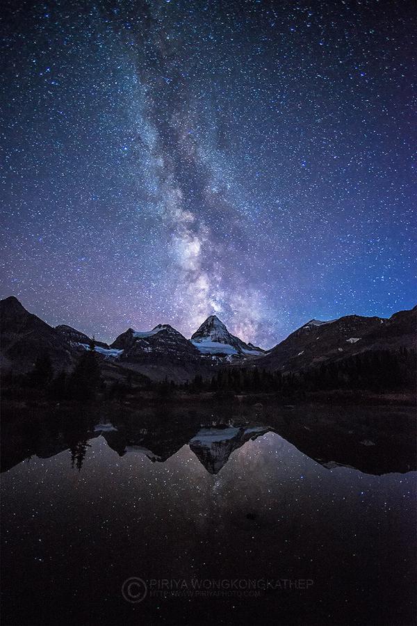 An eruption of stars | Photography by ©Pete Wongkongkathep https://t.co/2AYn5Jd8wM