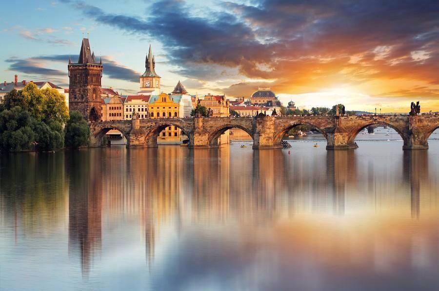 Charles Bridge, Prague | Photography by ©Tomas Sereda https://t.co/Lsd90LG58i