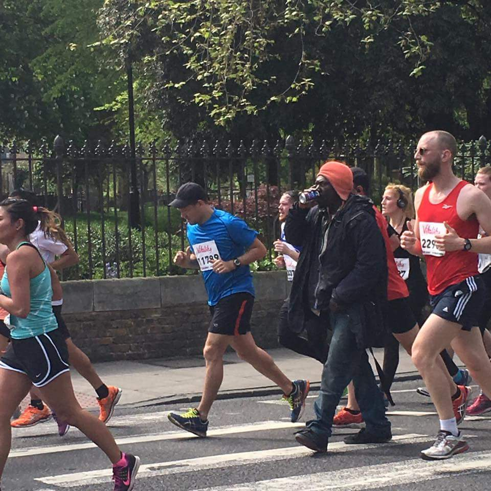 A  #hackneyhalf marathon hero for our times. Heading for a PB for sure https://t.co/5w66JPONLm