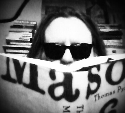 Paranoia re The Golden Fang enjoins me to read Pynchon in private. Happy 79th birthday Tom. #PynchonInPublic https://t.co/kS0Pc1mZut