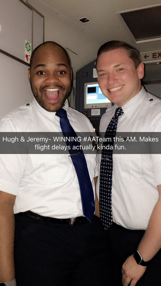 After 1 hour and 56 min, we are back in business!! These #AATeam members are making my morning. @AmericanAir https://t.co/J9EuDNN7Jp