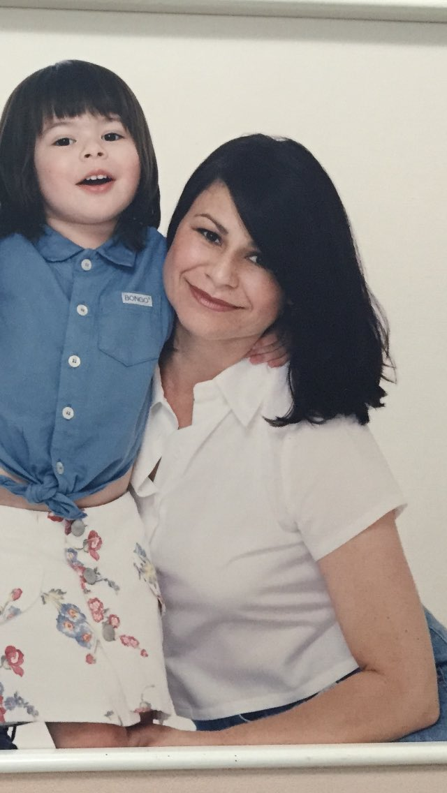 Happy Mother's Day to my Mom and all the other amazing Moms out there!�� https://t.co/G1ThHfwMJl
