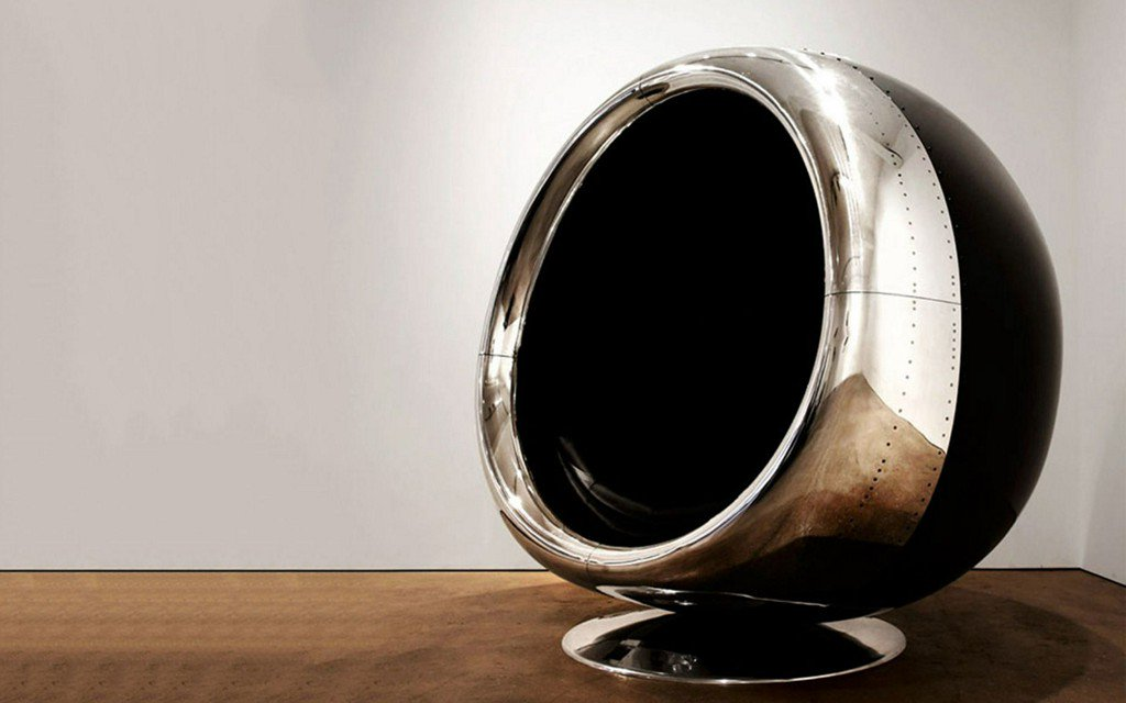 RT @TravelLeisure: Turns out vintage airplane engine part makes pretty comfy-looking chair: