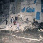 مشفى القدس بحلب ركام مع طبيب الأطفال الوحيد ومن فيه من مرضى. مامن حرمة لشيء!!! #حلب #حلب_تذبح_هيك https://t.co/BEHvyz70Rc