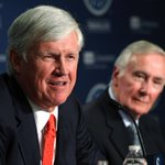 UPDATED: John Stanton (left) will replace Howard Lincoln as #Mariners chairman and CEO. https://t.co/LYUe1XfJnH https://t.co/bEOWfPvlX5