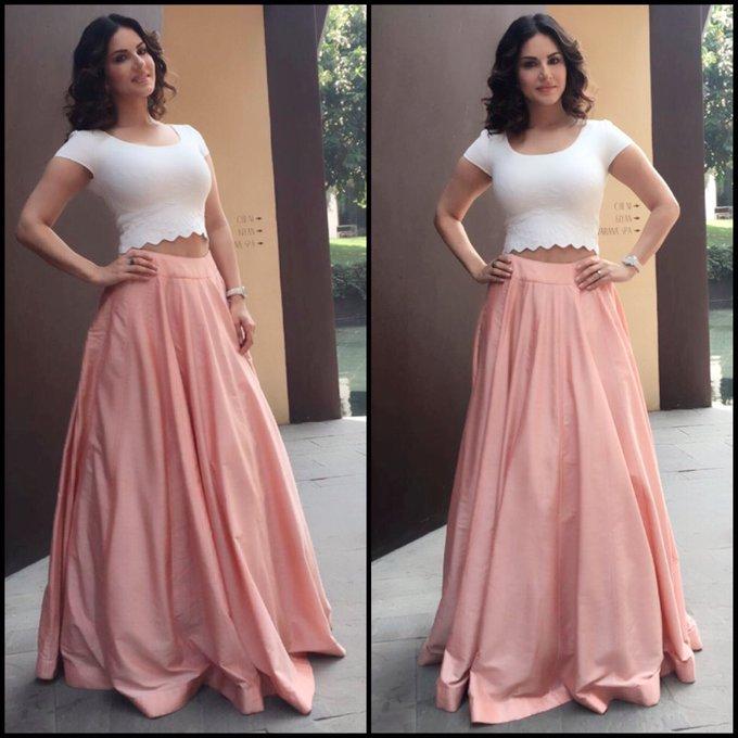 Love this skirt by Neha Khullar thanks @hitendra1480 for finding me this beautiful skirt! https://t.