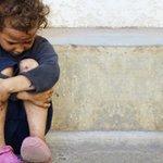 Üzülme sen, Bir gün bu vicdanını kaybetmiş dünya da değişecek çocuk. Senin gözyaşlarını silecek merhametli eller..! https://t.co/uiAZB50J50