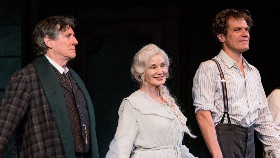 Jessica Lange, Michael Shannon revere Eugene O'Neill at Broadway opening of
