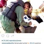 Padrino López: ¡ hasta militares uniformados sin miedo firmaron planillas del RR ! https://t.co/f4v2Aiolre