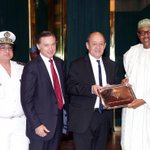 President Buhari this afternoon received in audience the French Minister of Defence, @JY_LeDrian, at the State House https://t.co/k2l2R4uLUZ
