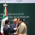 Acompañé a @EPN  y a @LVidegaray en la promulgación Ley de Disciplina Financiera de las Entidades Fed. y Municipios. https://t.co/VVJF5MCeSd