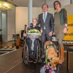 Rolstoelatlete Marieke Vervoort is 'Vlaamse Madam' van het jaar https://t.co/x0AKuBFyZh #VlaM16 https://t.co/HuwAh08o8P