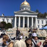 #UVM #ENVS senior Headphone Jack headlining #RallyForThePlanet @youthlobbyvt. https://t.co/dC08nP3zVJ