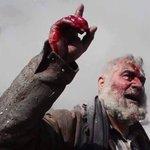 #حلب_تحترق.. اشهد ان لا اله الا الله و اشهد ان محمداً رسول الله.  اعيدوا تغريدها لتصل للعالم اجمع! #جيري_ماهر https://t.co/zFfrRufh1o