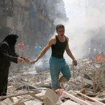 #حلب_تحترق . قال تعالى (ولا تحسبن الله غافلاً عن ما يعمل الظالمون إنما يؤخرهم ليومٍ تشخص فيه الابصار) https://t.co/XFOKblmgHX