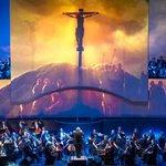 29 апреля 23:50 на телеканале «Культура» трансляция грандиозного светомузыкального представления «Страсти по Матфею» https://t.co/4xBOJouD4A