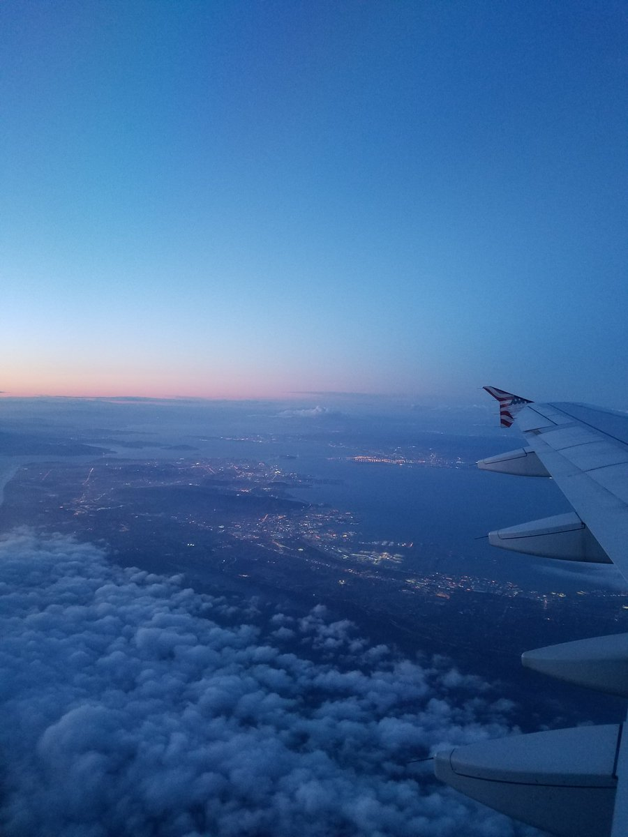 View from above!! #SanFrancisco pretty skies 3SbDYLgNit