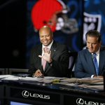 The 2016 #NFLDraft is now live! Watch @CoachDavidShaw all night on @nflnetwork - his 5th straight year. #StanfordNFL https://t.co/UYTKMbQM5q