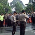 08:13 WIB. Kapolres Bogor Kota @anher1997 & Walikota @BimaAryaS beri arahan kpd Anggota antisipasi Aksi Mogok Angkot https://t.co/lR0fQAdZnC