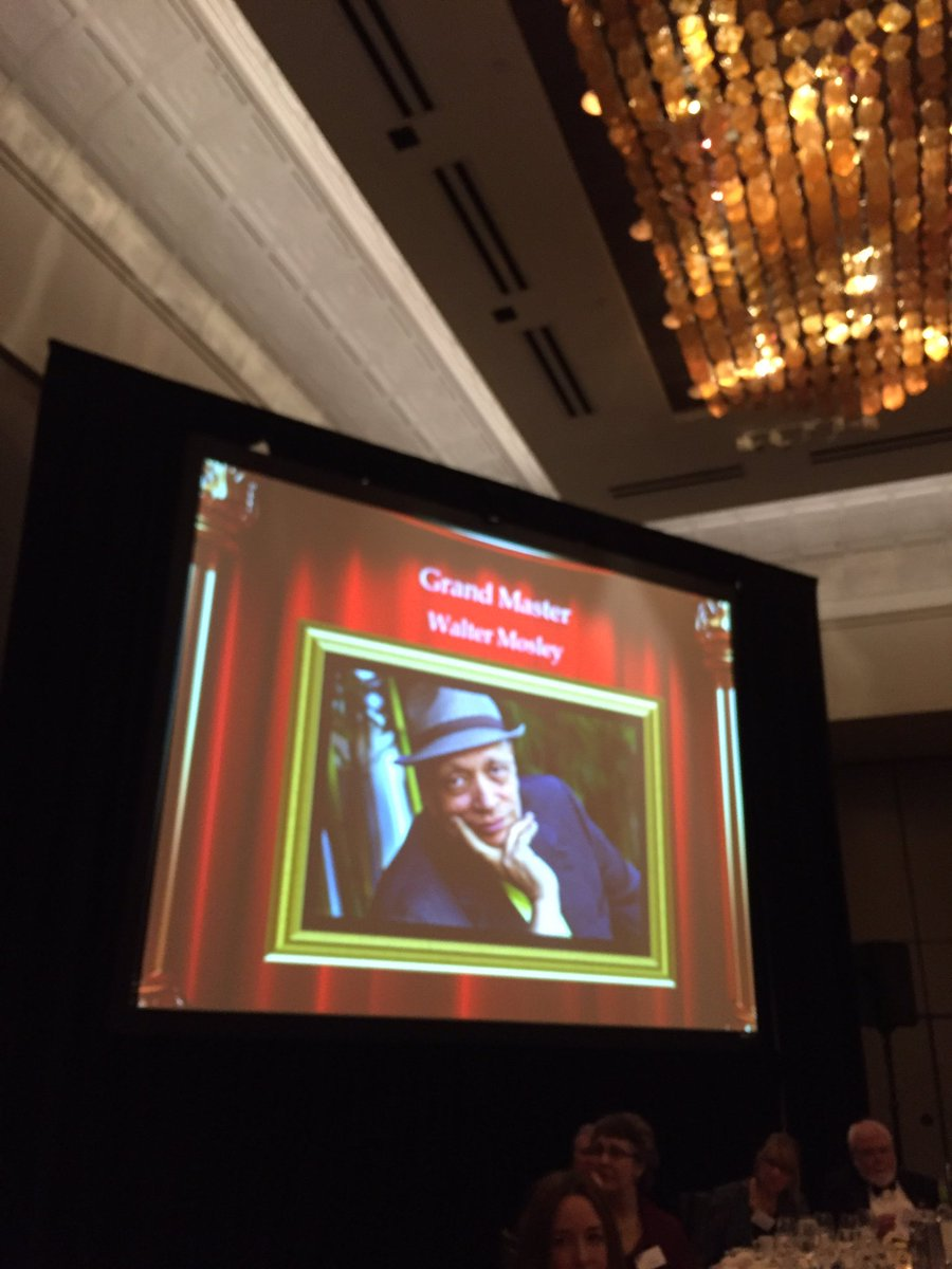A big shout out to our new Grand Master Walter Mosley! #Edgars2016 https://t.co/lY2ZXxC2q0