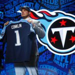 """""""I want to be a Titan for life now."""" @Jack_Conklin74s realizes dream @ NFL Draft https://t.co/XPfBWn2U7A @Titans https://t.co/ZJ8XcnJ7Yx"""