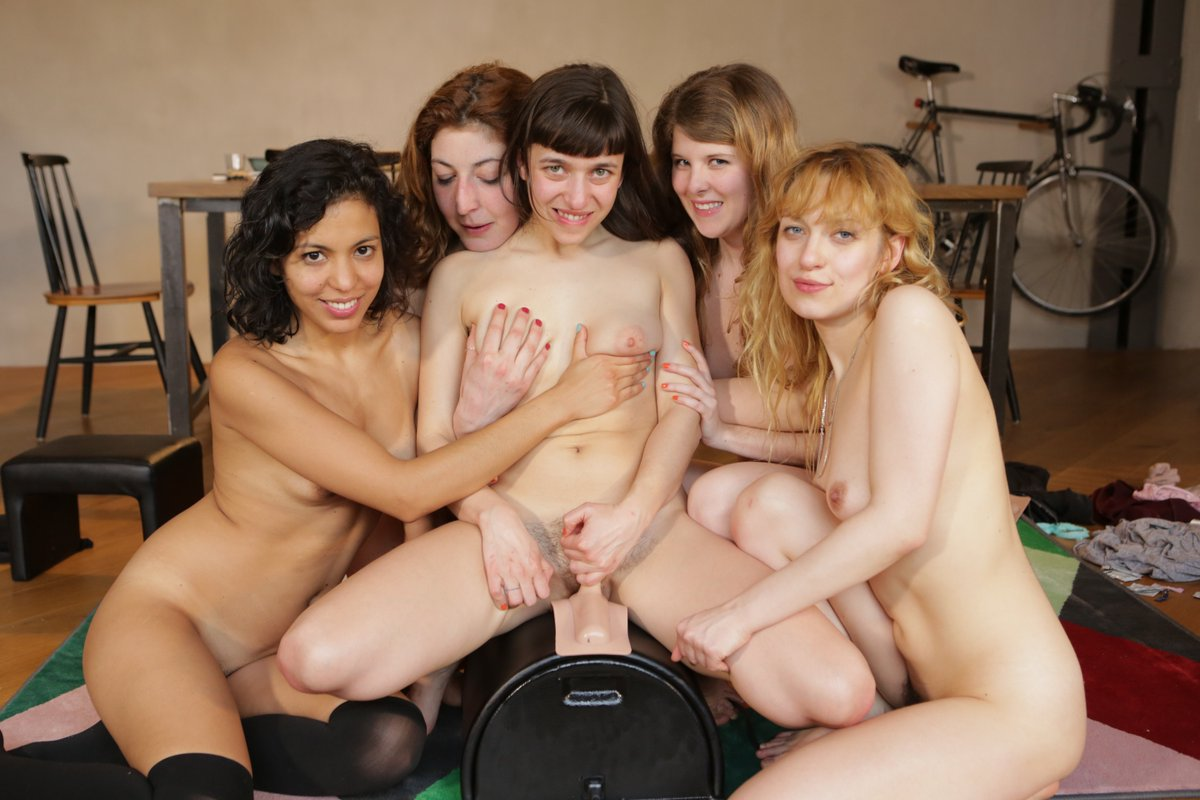 our very naughty day with the sybian...video coming soon! ? X9FXEza28A