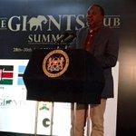 #Kenya President @UKenyatta hails #GiantsClub Summit as a new beginning in fight to save #Africas #elephants. @UNDP https://t.co/P5QCPwhXWA