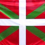 Dedicado a los de Eurovisión. Es la bandera con la que el batallón Gernika desfiló en la liberación de Paris. https://t.co/PNoWWrqh18