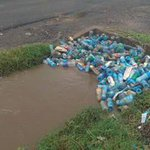 Did @KideroEvans throw this litter here? No. Its you that did it blame yourself for the consequences #NairobiFloods https://t.co/UE9x8lAu4i