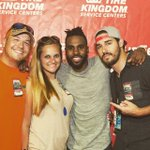 My crew and @jasonderulo last night after he killed it @SunFestFL #JasonDerulo #SunFestFL #Sunfest2016 https://t.co/uLykZLRVdy