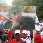 Este #1deMayo #Guantanamo vuelve a las calles con Fidel presente #TodosMarchamos #Cuba @RadioGtmo @Laguantanamera https://t.co/vXRNuoKZRq