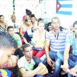 #UNPACU enseña a activistas y simpatizantes el procedimiento para conectarse a Internet vía WIFI, en #Cuba. https://t.co/BzfUI9Qbw6