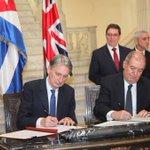 Cancilleres de #Cuba y #ReinoUnido participan en firma de Memorandos en cultura, energía, educación y admón publica https://t.co/Aijy20cDGM