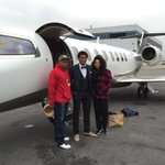Jalen Ramsey and his parents hopping on Shads plane to head to Jax https://t.co/d75uXUdItc
