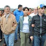 Aquí estamos Leopoldo todos contigo! Muy pronto saldrás en libertad y toda Venezuela será libre! https://t.co/FmX1wuztKa