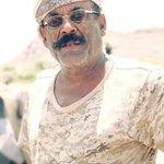 في مثل هذااليوم قبل 12 عاما قطع البطل الجنوبي العميد ثابت جواس رأس الفتنةحسين الحوثي مؤسس الجماعةالسلالية بكهوف صعدة https://t.co/TtLVRl4NP1