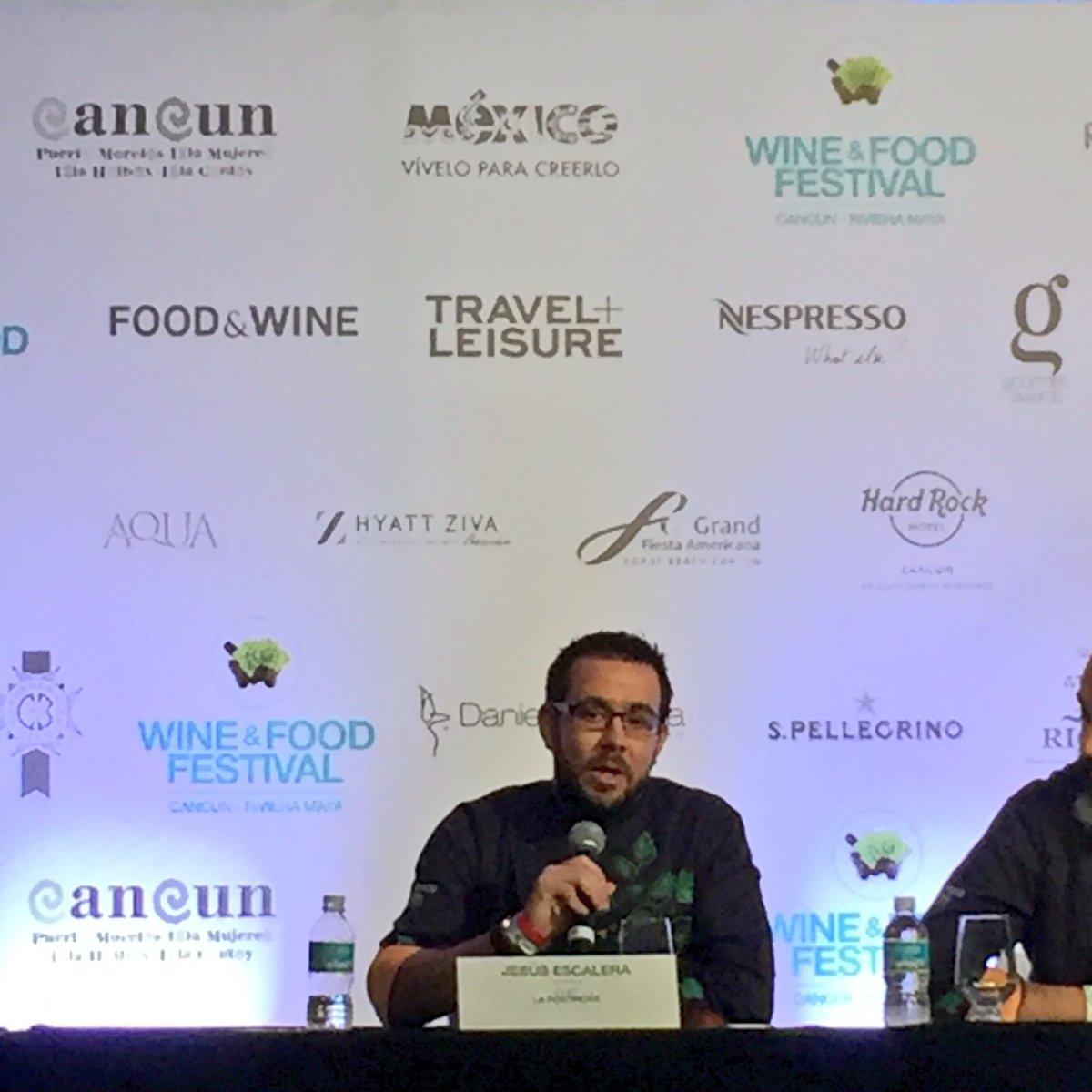 """""""Si no fuera por los ingredientes de México, se cae el recetario pastelero mundial""""~ @EscaleraCiscare en @WineFoodMX https://t.co/ubTpLUKzBq"""