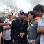#AEstaHora Capriles y Borges desde afueras de Ramo Verde, exigen se permita firmar por revocatorio a Leopoldo López. https://t.co/TXrqj2Cm6T