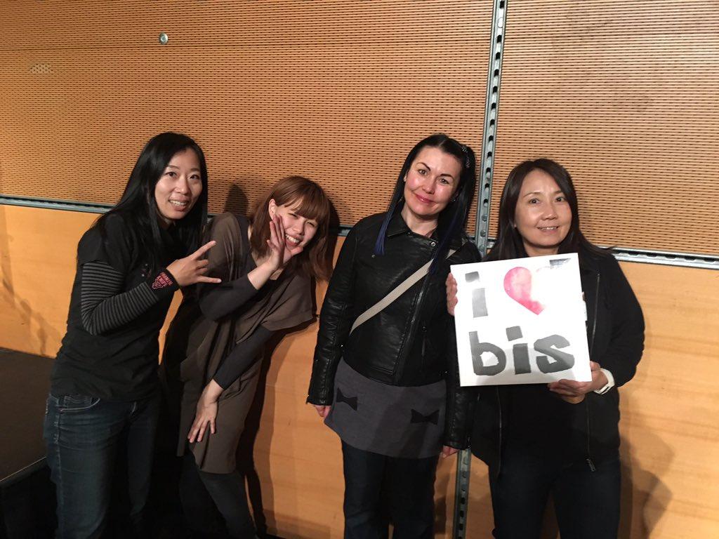 It's been a long time since i last met @ShonenKnife in Japan - now we meet again!! https://t.co/eq6KXQMKk1
