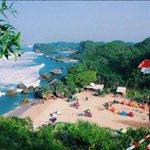 Pantai eksotis cocok banget buat kamu,teman dan keluarga, pantai Ngrumput https://t.co/MsCX1PPEG9 foto: fildzah105. https://t.co/hnU5EByr1H