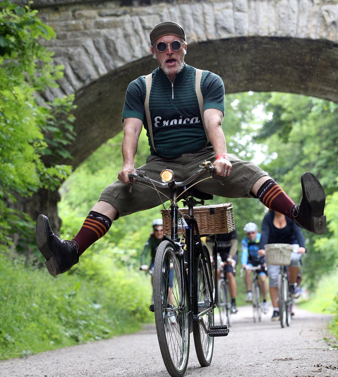 Join the World's Most Handsome Festival and #volunteer for #vitalresearch @EroicaBritannia! https://t.co/qhmj5N0eeG https://t.co/UjcPbnYU6j