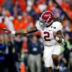 For the 2nd straight year, the Titans take the Heisman winner. This time, Bamas Derrick Henry with the 45th pick. https://t.co/g761qx0xR2