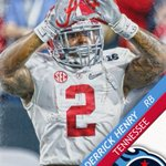 The Heisman Trophy winner is off the board! The Tennessee Titans draft Derrick Henry. https://t.co/SUVkSURHI4