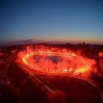 El Legia de Varsovia cumplió 100 años de existencia. Así celebraron los hinchas en el centro de la ciudad. https://t.co/0Yxs2gZsGx