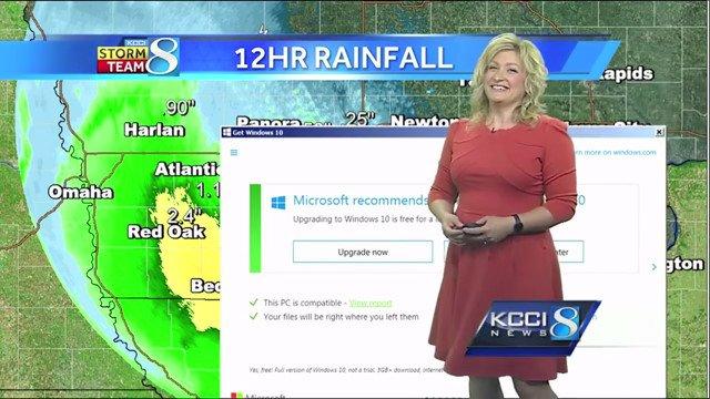 生放送中でも容赦なし。天気予報中に「Windows10へのアップグレードをお勧めします」が表示されるハプニング https://t.co/xh173lOVuc https://t.co/KhLgUQWQMB
