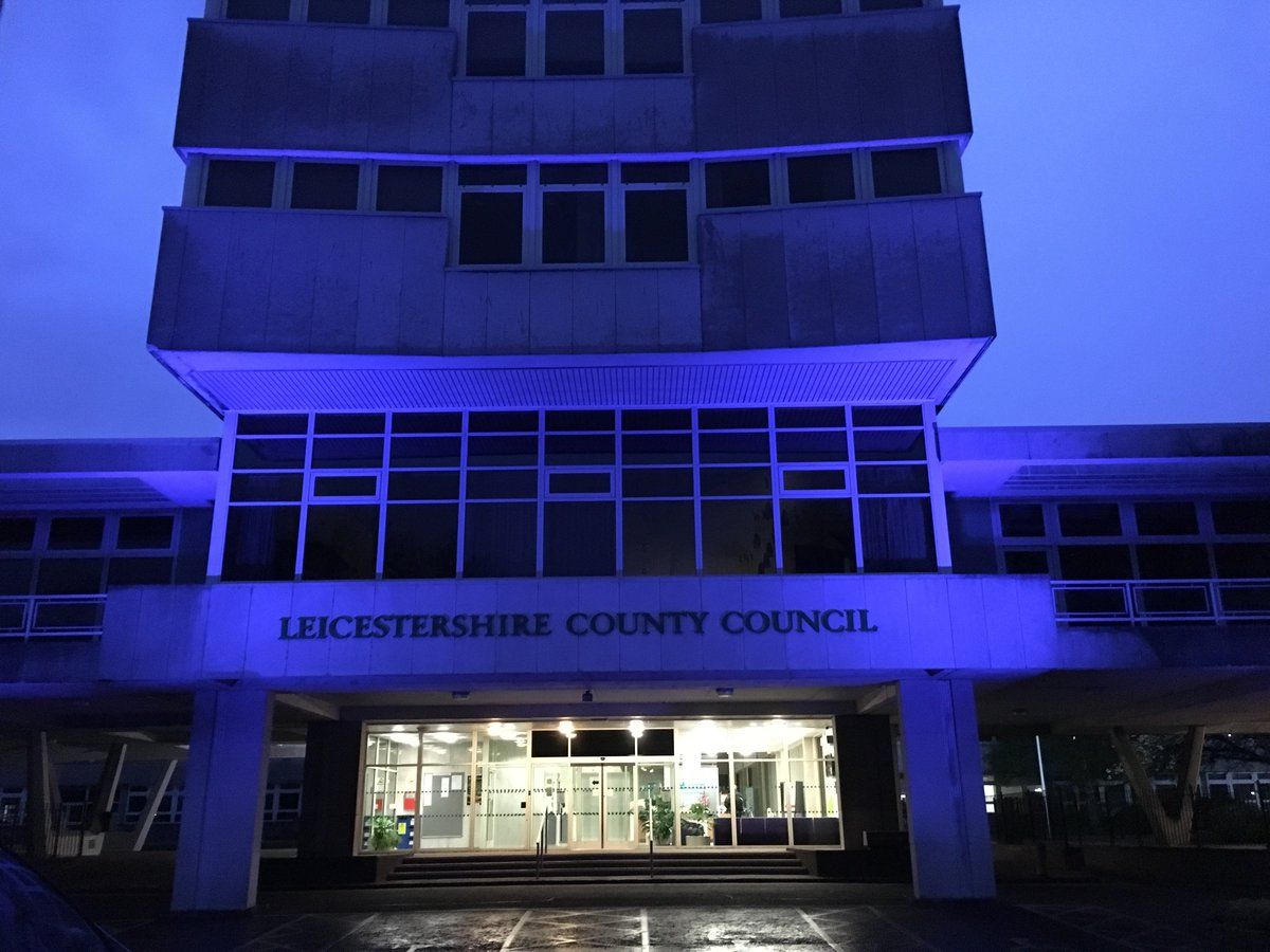 We're celebrating the @LCFC title bid by turning County Hall blue #backingtheblues https://t.co/B8otayIgD7