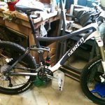 STOLEN BIKE ALERT: if you see this bike let me know ASAP! Stolen from garage in #Winnipegs north end #bike https://t.co/oTeY2iEdxe